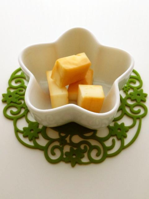 プロセスチーズの醤油麹漬け