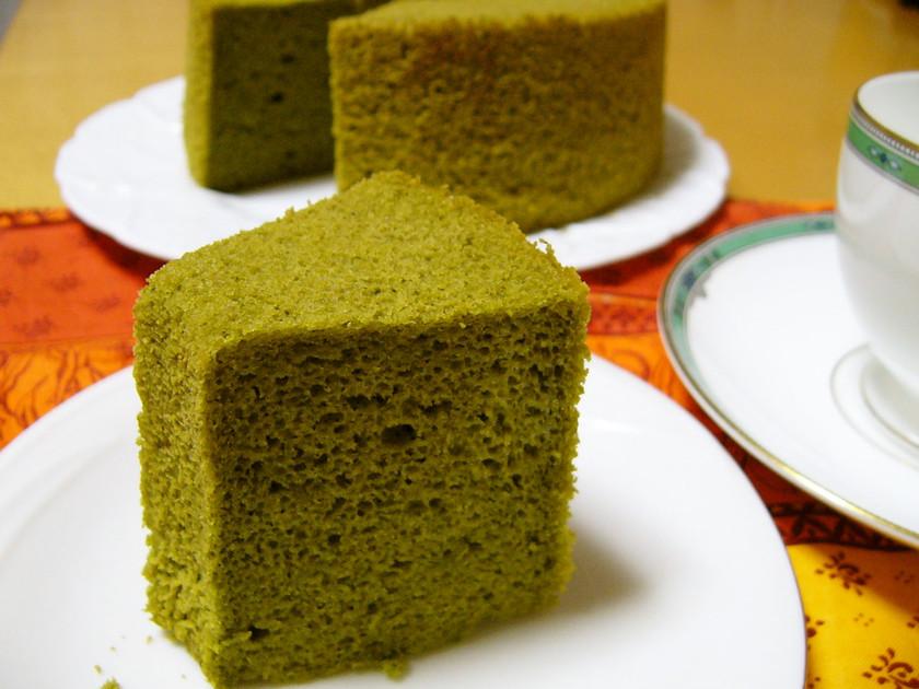 豆乳メレンゲで★米粉の抹茶シフォンケーキ