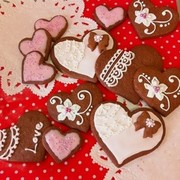 バレンタインのアイシングクッキーの写真