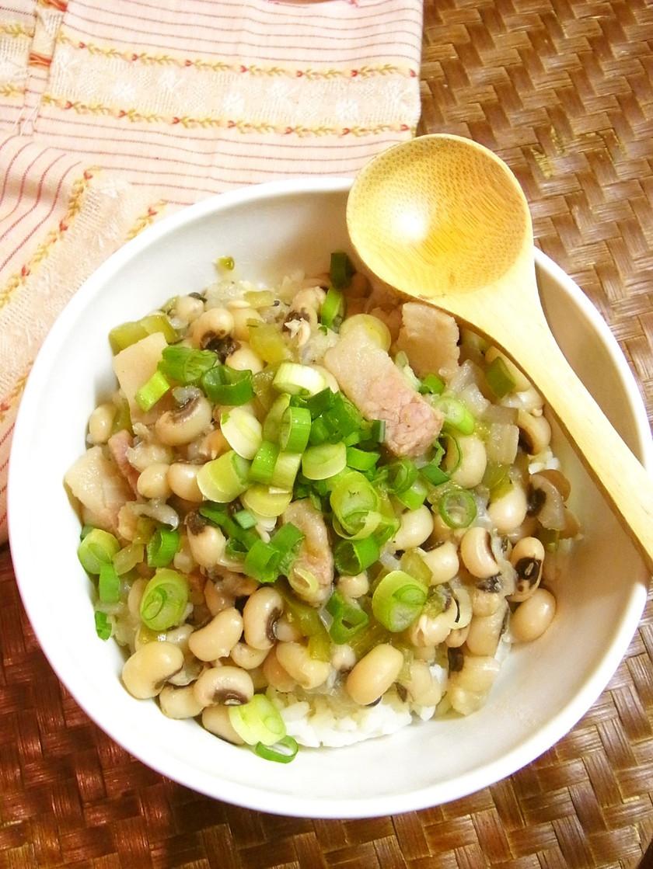 簡単!黒目豆のぶっかけご飯