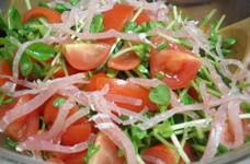 豆苗とトマトのさっぱりサラダ