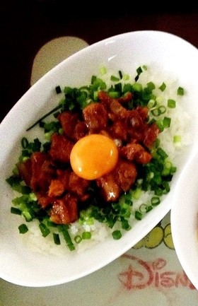 卵とろーり♡ピリ辛親子丼