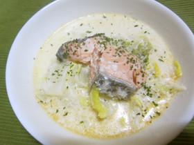 鮭と白菜の食べるミルクスープ♪