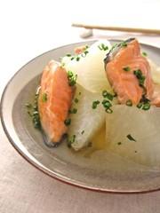 塩鮭と大根のことこと煮…の写真