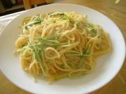 鮭フレークのレモン醤油風味スパゲティーの写真