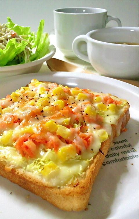 朝食にも♡鮭とキャベツで簡単トースト♬