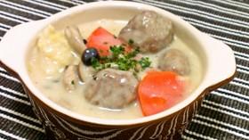 たっぷり白菜と肉団子の豆乳クリーム煮