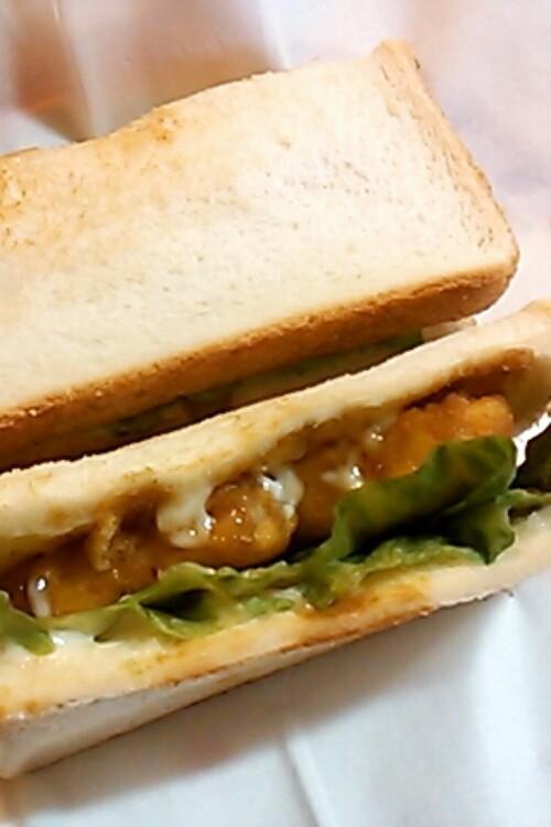 市販のチキンナゲットで☆テリヤキ風サンド
