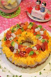 ひなまつり海鮮リングちらし寿司ケーキ☆の写真
