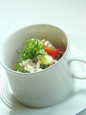トマトと押麦の和風サラダ