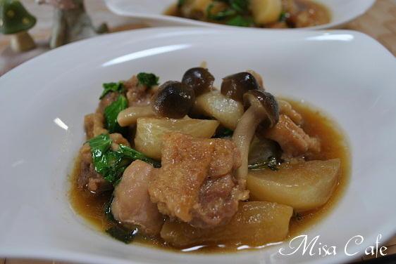 鶏肉とカブの煮物