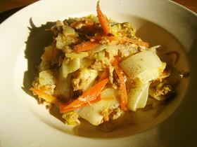 めんつゆで簡単♪白菜と人参のツナマヨ炒め