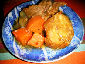 圧力鍋で、仙台麩と根菜のさば缶味噌煮