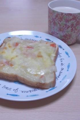 クリームシチューリメイクのトースト