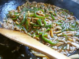 豚肉とピーマンの細切り炒め(青椒炒肉丝)
