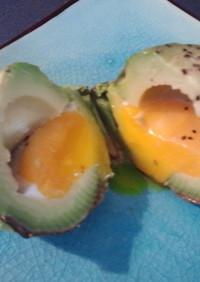 簡単☆ベイクドアボカドwith半熟卵