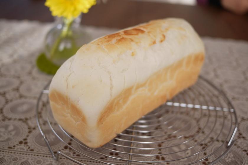 パウンド型で米粉食パン
