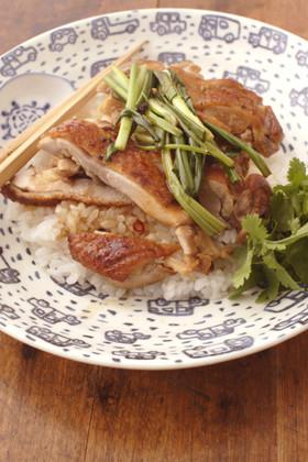 アジアン鶏丼