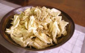 和風つゆ'きわみ'で作るうさぎサラダ