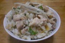 鶏ごぼうと大根葉の炊き込みご飯