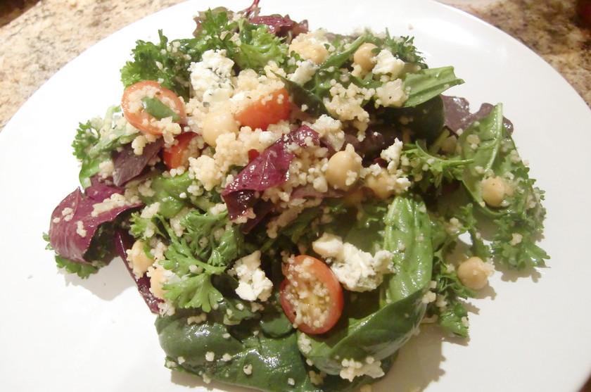 栄養満点♪クスクスの食べるサラダ