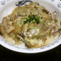 豚肉とごぼうの柳川丼