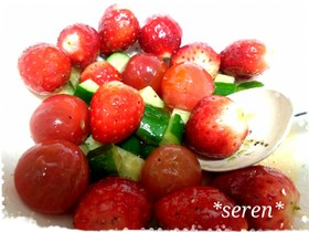 苺とプチトマト・きゅうりのキレイマリネ♥