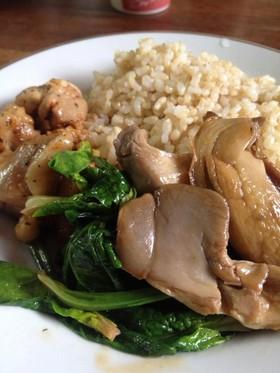 鶏肉とヒマラヤヒラタケのソテー