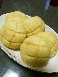 ミルメークでメロン風味♪のメロンパン