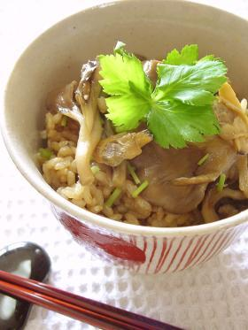 あさりと舞茸の炊き込みご飯。