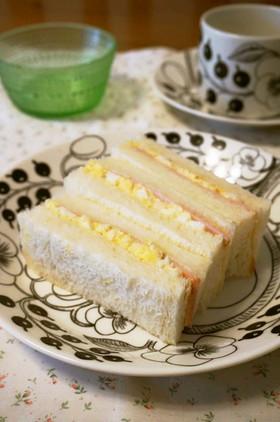 行楽に☆卵とハムのサンドイッチ