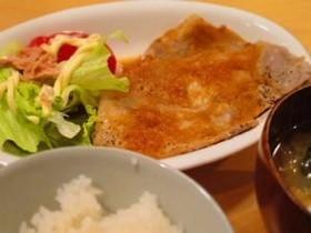 ステーキソースで簡単なのに旨!豚の生姜焼