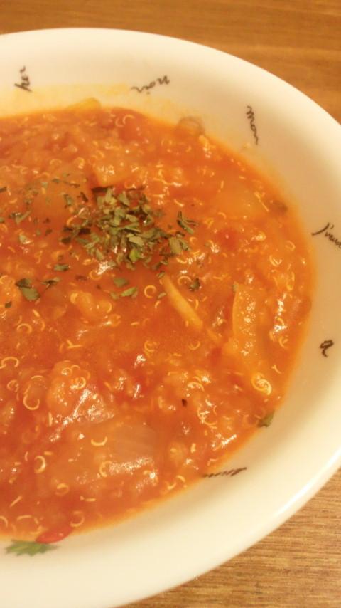 キヌアのトマトスープ