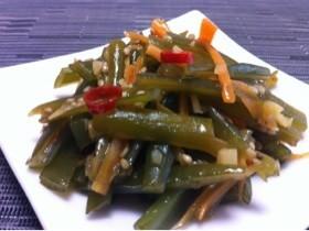 韓国料理  簡単!茎わかめの炒め物