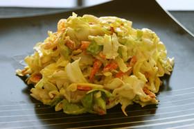 桜海老とキャベツの生姜ドレッシングサラダ