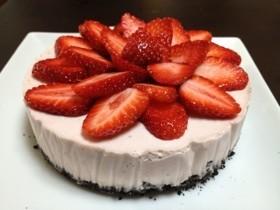 ひなまつり★苺のレアチーズケーキ
