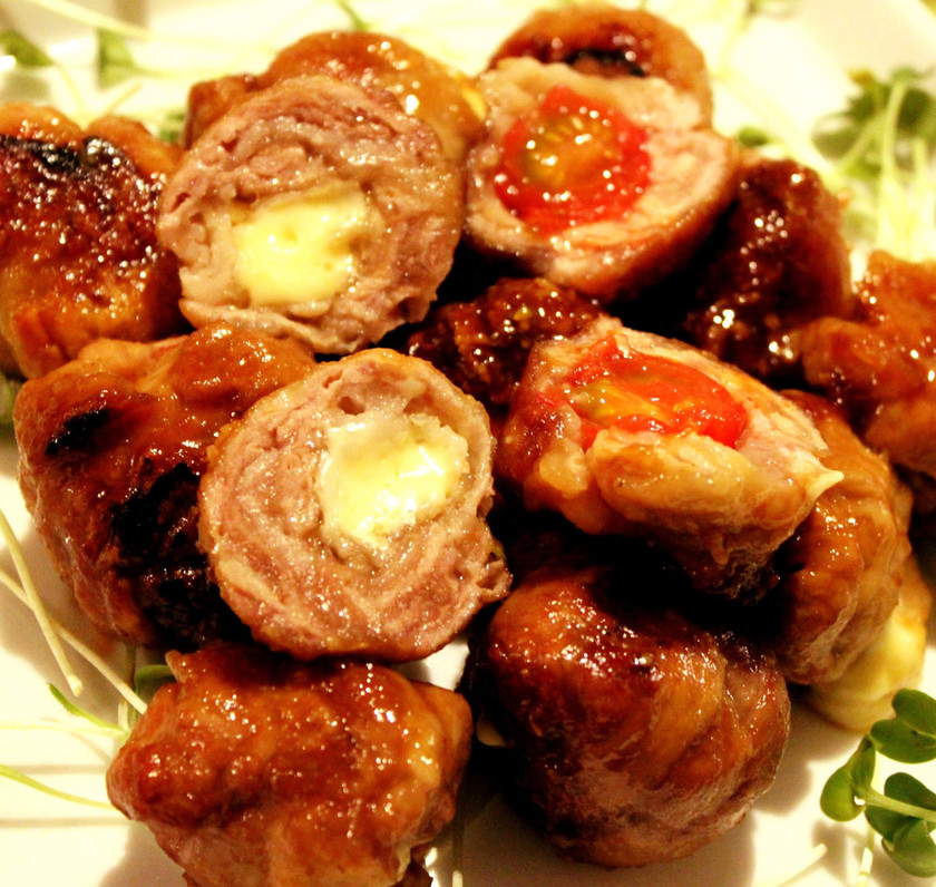 豚こま肉でトマトチーズ団子☆