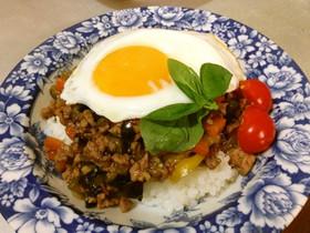 簡単タイ料理*野菜たっぷりガパオライス