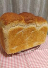 オートミールの山型ミルク食パン
