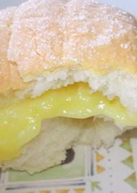 クリーム入りメロンパン