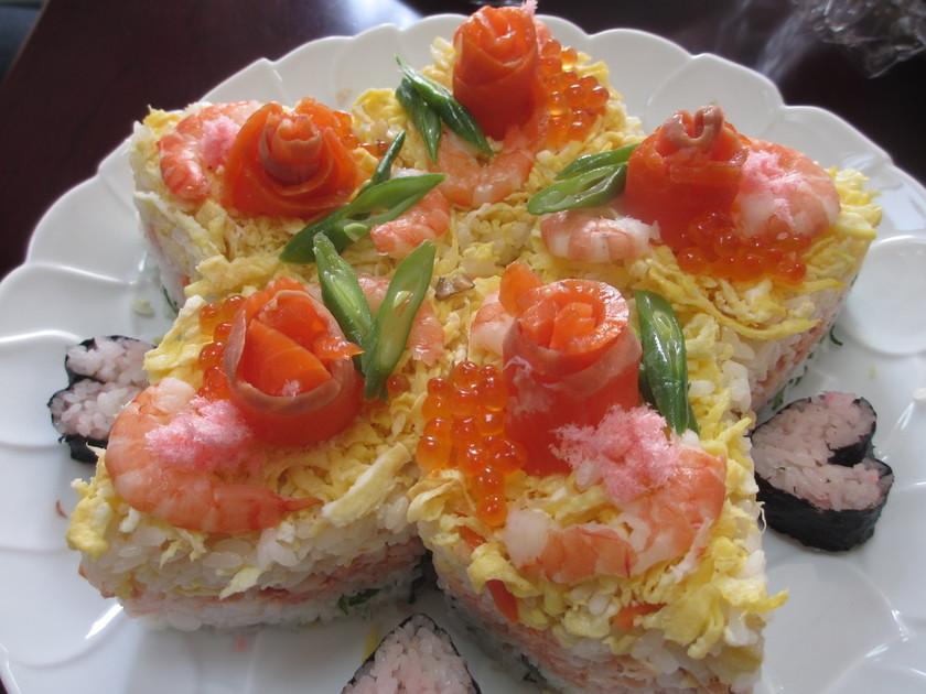 お祝いに!星の形のちらし寿司ケーキ