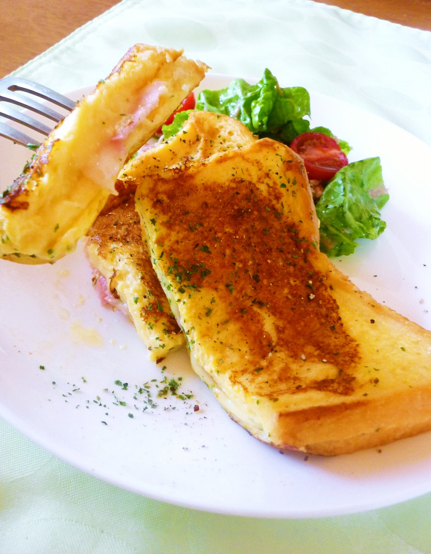 甘くない*ハム&チーズのフレンチトースト