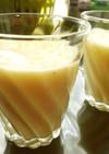 パイナップルとバナナの生ジュース
