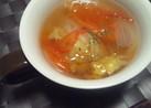 トマトとレタスの簡単コンソメスープ