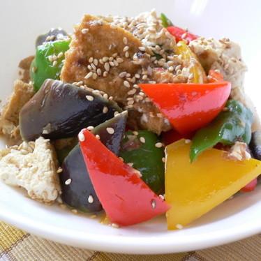 夏野菜と厚揚げのピリ辛炒め♪