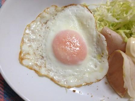 朝食に✿簡単チーズの目玉焼き