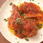 鶏骨付き肉のスパイストマト煮込み