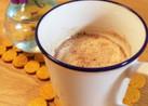 牛乳とシナモンシュガーのホットドリンク