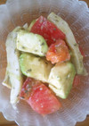 簡単☆アボカドとトマトのサラダ