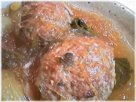 圧力鍋で♪しめじの入った肉団子と春雨の煮込み